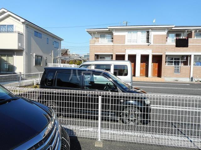 サンリットA 02020号室の駐車場