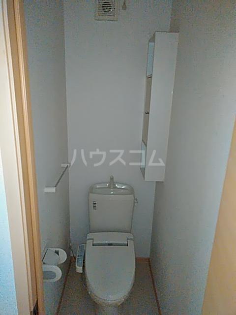 コンビ・ビアリテ 01010号室のトイレ