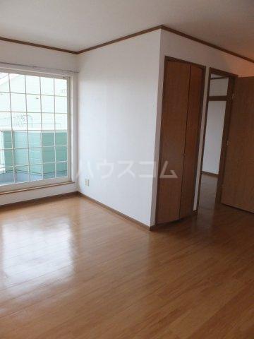 リバーパーク弐番館 02020号室のバルコニー