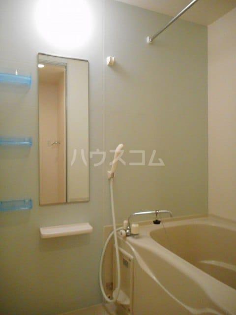 グレイス・パークB 02010号室の風呂