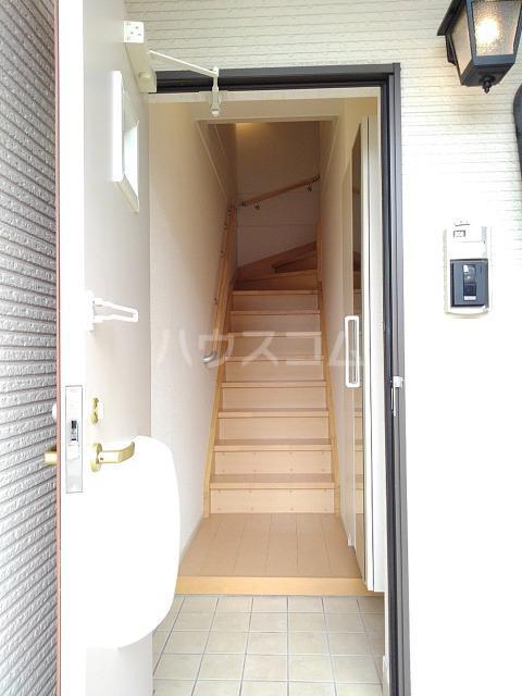 グレイスヒロ 02040号室の玄関