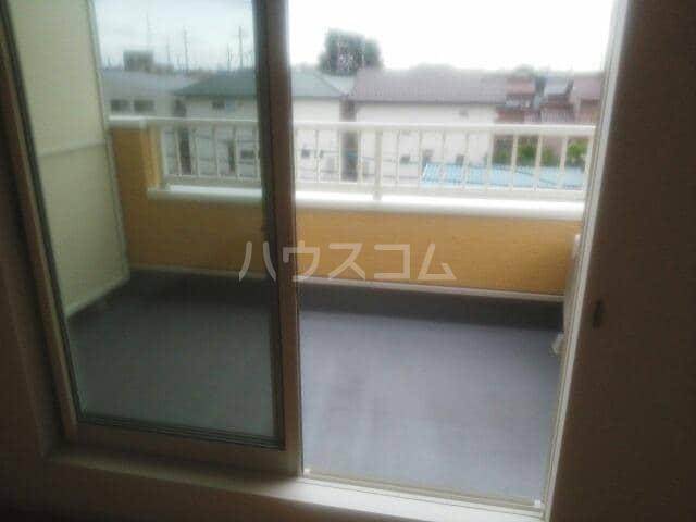 メゾン・セドレ 02020号室のバルコニー