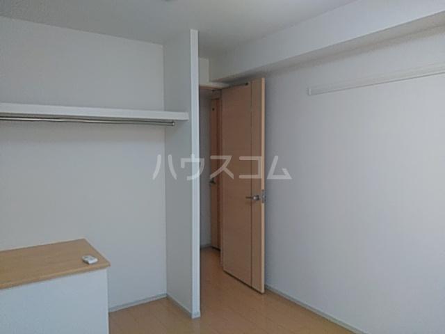 パークビレッジ春日部Ⅰ 02040号室の居室
