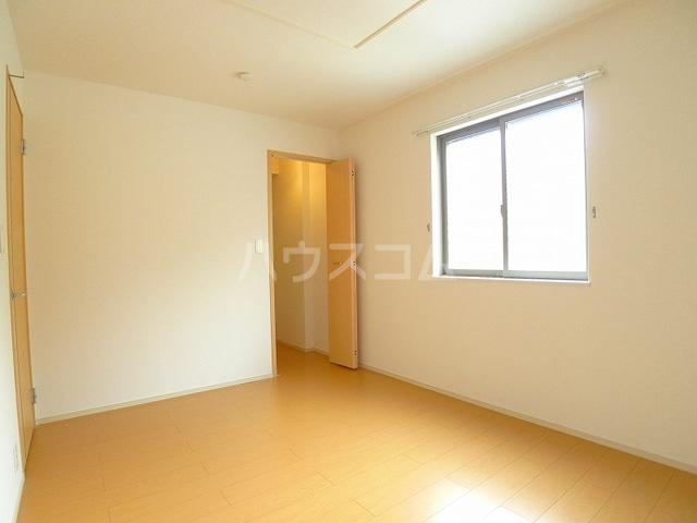 マーベラスキキA 01020号室の居室