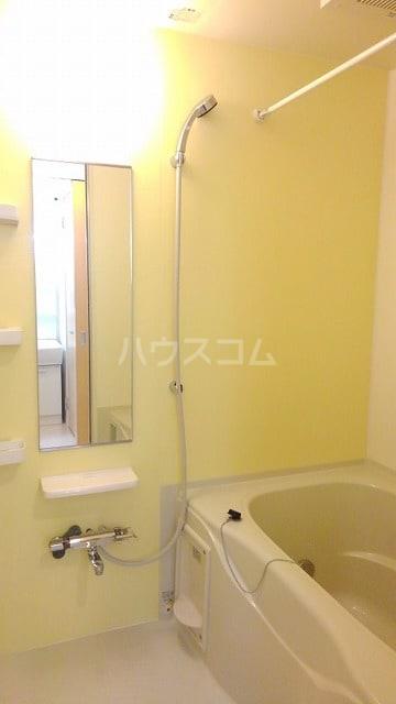 アプローズ 01010号室の風呂