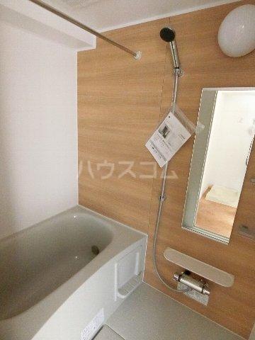 クラウンパレス 04040号室の風呂