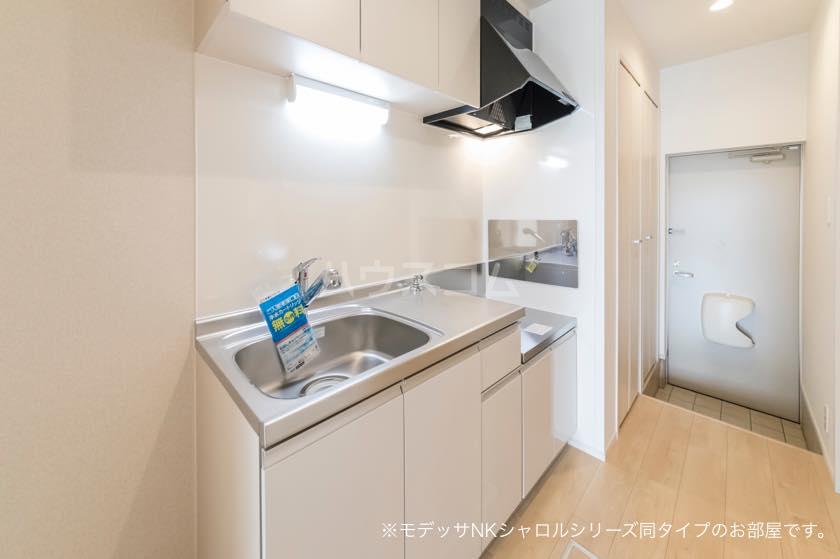 ラ・メール 01030号室のキッチン