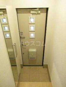 テラコッタⅢ 02010号室の玄関