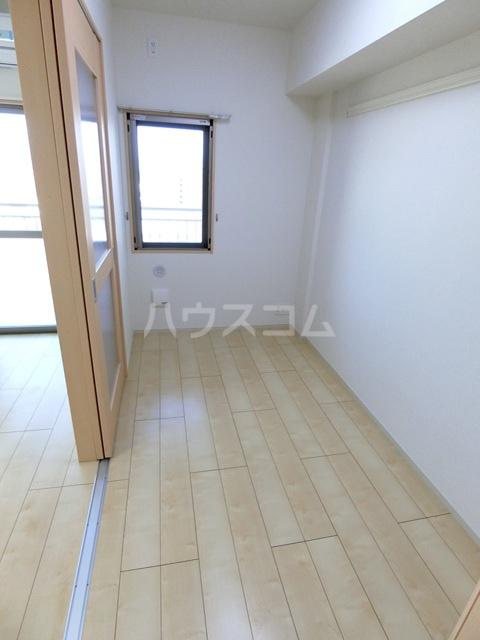 レジデンス22 05060号室のベッドルーム