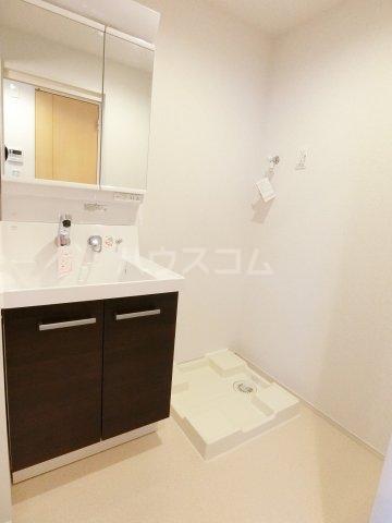 レジデンス22 06050号室の洗面所