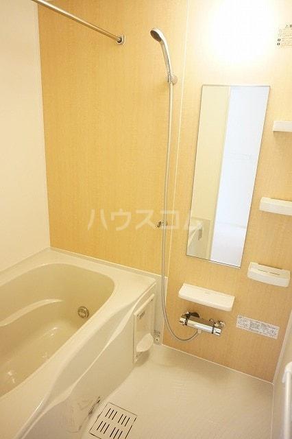 レジーナA 01010号室の風呂