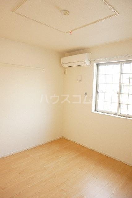 レジーナA 01010号室の居室