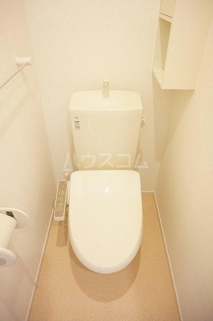 レジーナA 01010号室のトイレ