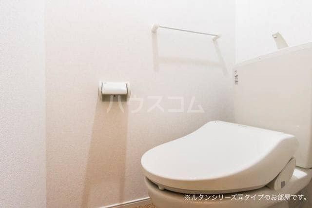 アグリ フォーリオA 01020号室のトイレ
