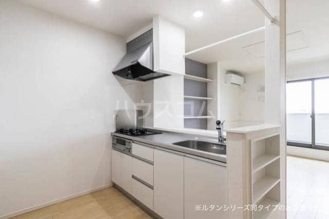 アグリ フォーリオA 02020号室のキッチン