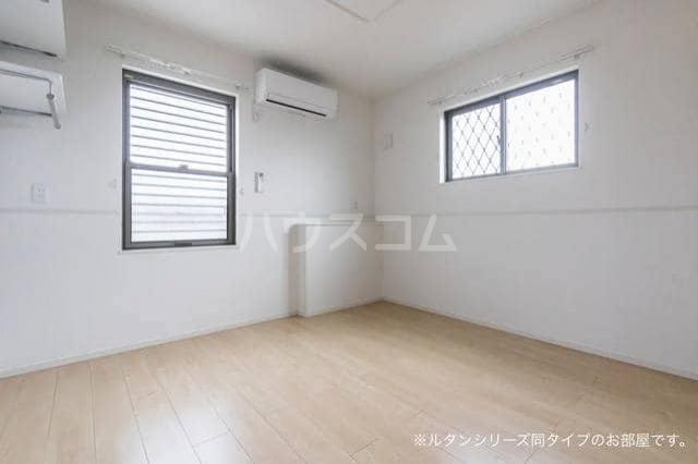 アグリ フォーリオB 01020号室の居室