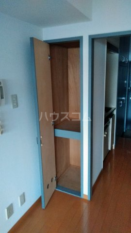 ワコーレ武蔵浦和 406号室の収納