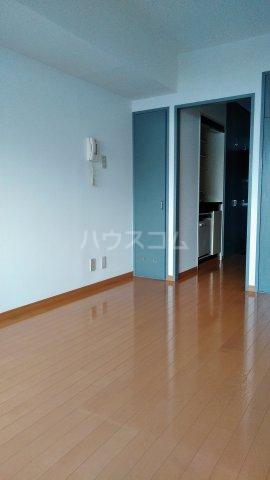 ワコーレ武蔵浦和 406号室のリビング