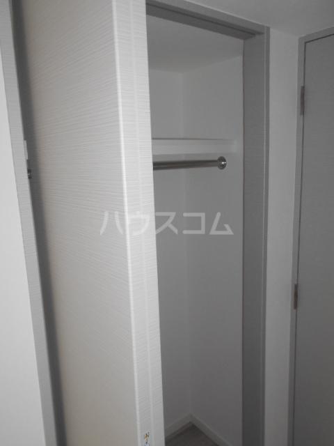 スカイコートパレス駒沢大学Ⅱ 104号室の収納
