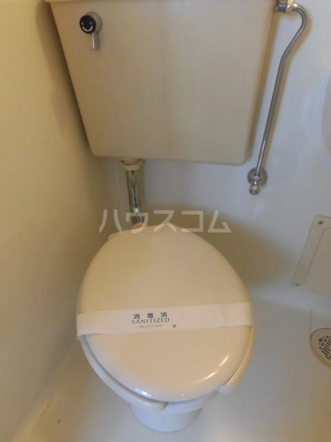 エスパス八雲 402号室のトイレ