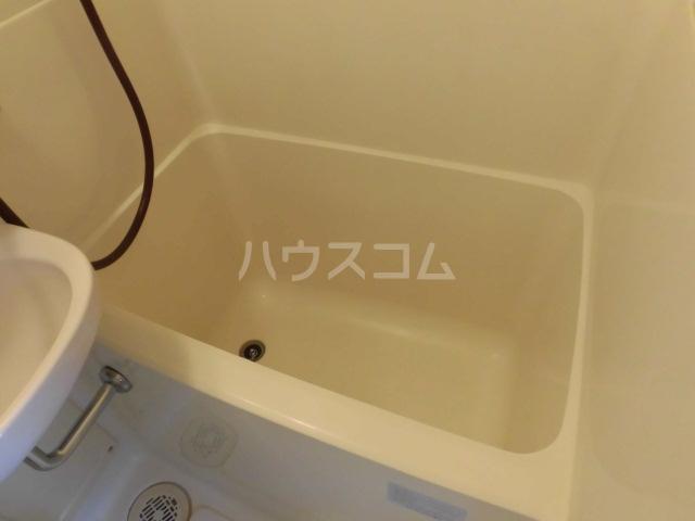 エスパス八雲 402号室の風呂
