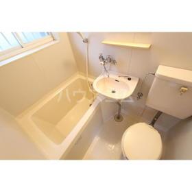 マークハウス 101号室の洗面所