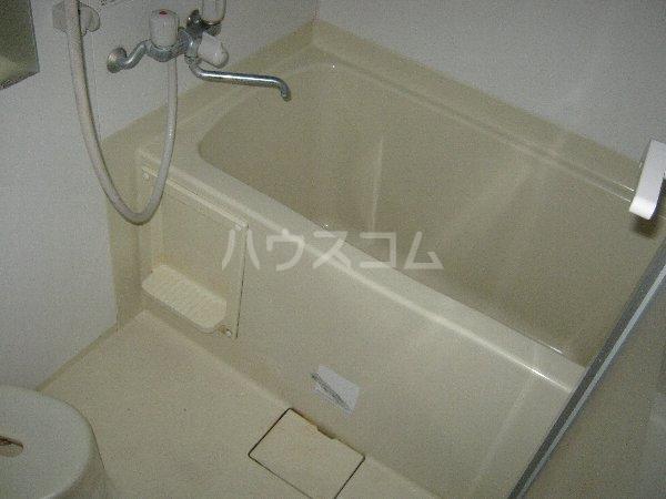 アーク・スクエア 0101号室の風呂