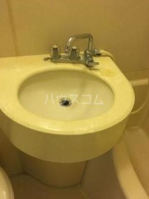 メゾン池尻大橋 405号室の洗面所