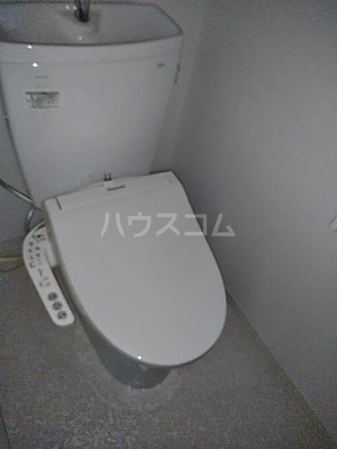 シャルマン等々力 103号室のトイレ