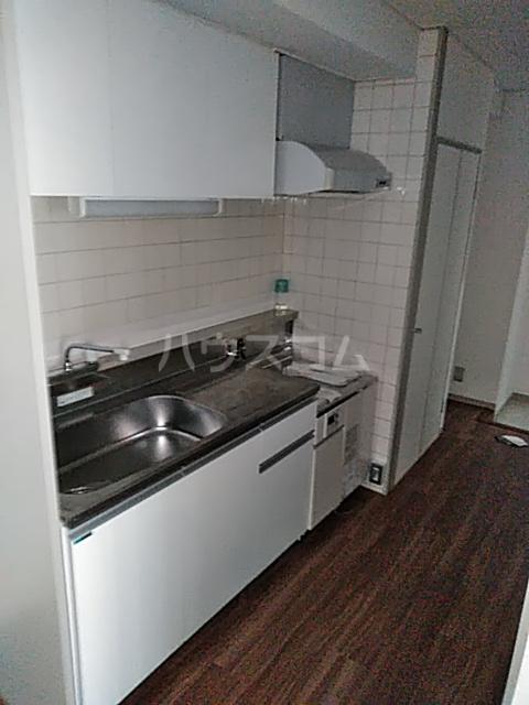 青葉台フラッツ 301号室のキッチン