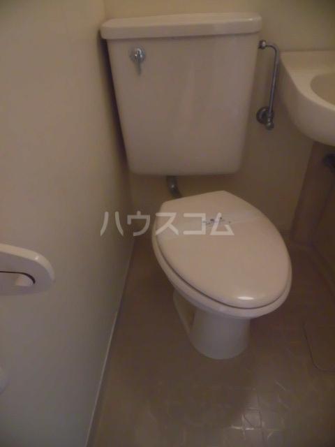 ユースフル祐天寺No1 203号室のトイレ