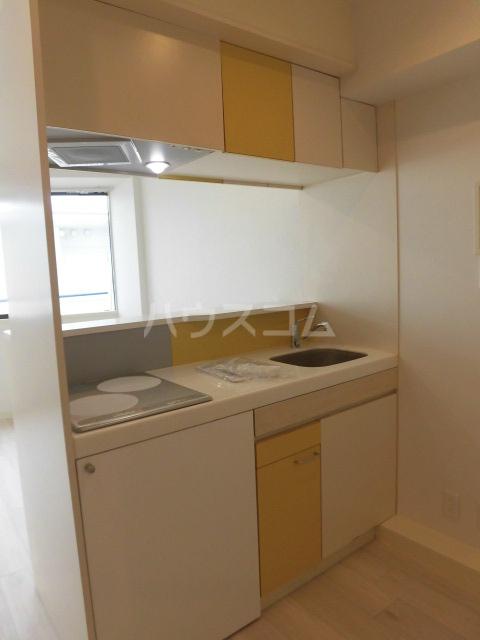 グリーンヒル鷹番 311号室のキッチン