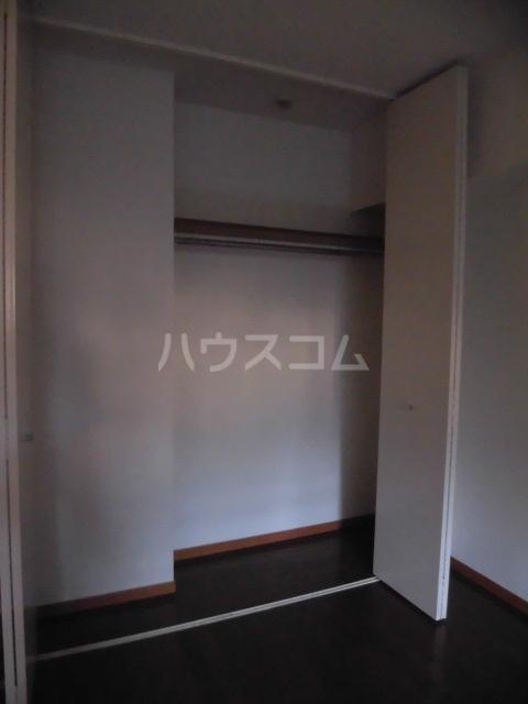 高雅ホームズ学芸大 111号室の収納