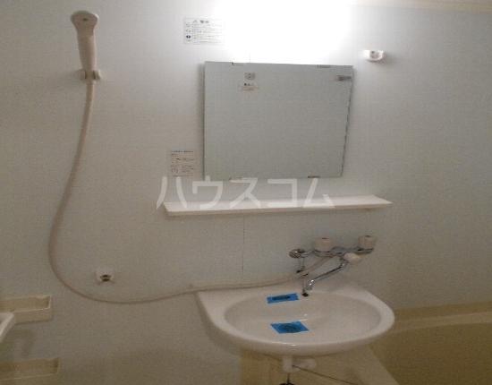 HF駒沢公園レジデンスTOWER 2902号室の洗面所