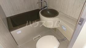 ストークハイツ吉野 202号室の洗面所