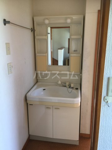 旭家住宅2号の洗面所