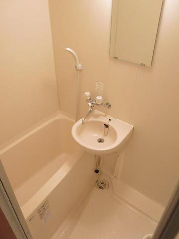 ラコルタ 404号室の風呂