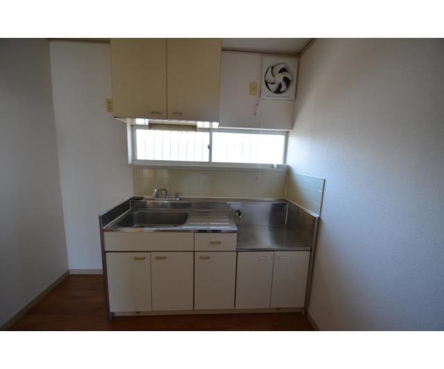 エステートピアコムB 101号室のキッチン