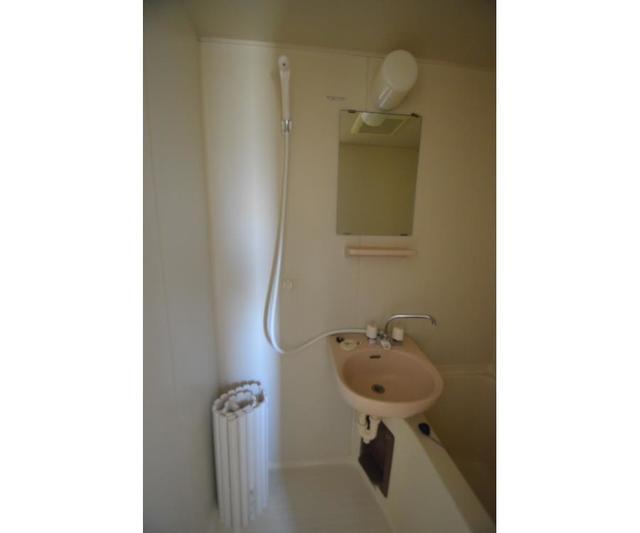 エステートピアコムB 101号室の風呂