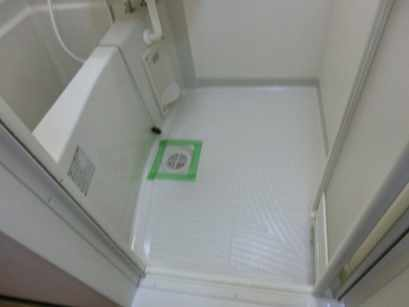 K corpo ナオイ 103号室の風呂