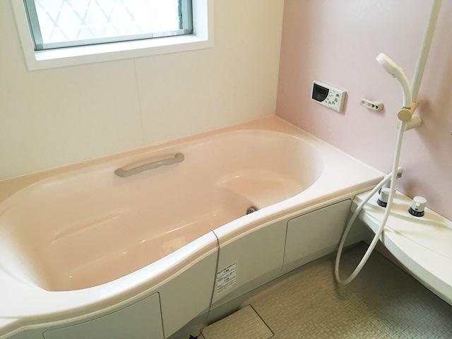大枝戸建の風呂