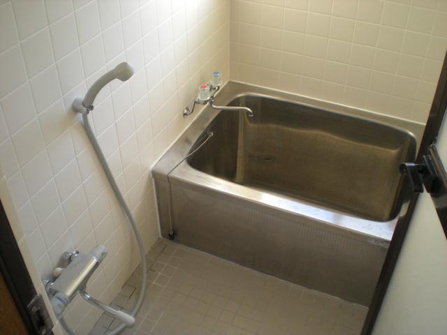 総社町 吉田貸住宅の風呂