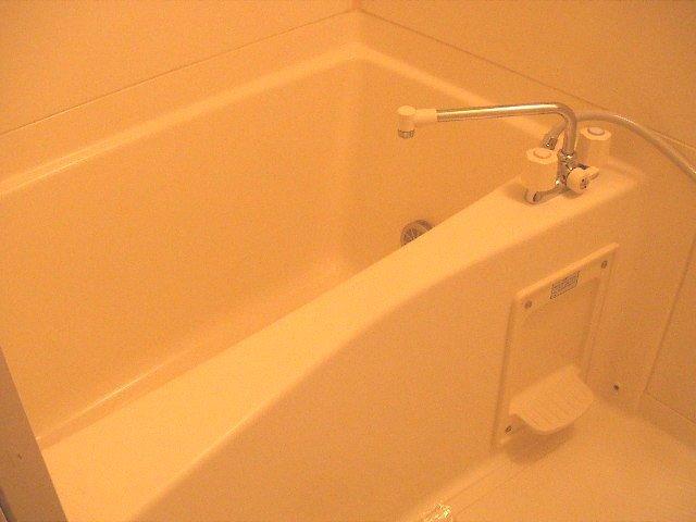 プライヴ 202号室の風呂