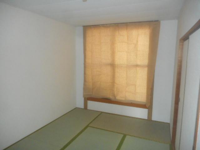 エクセル鈴木 201号室の居室