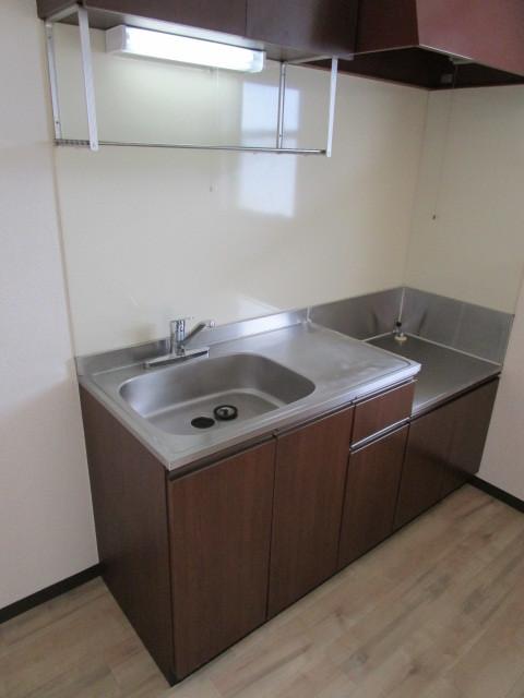 ドエル B201号室のキッチン