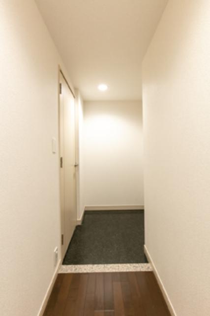 トレステージ目黒 703号室の玄関