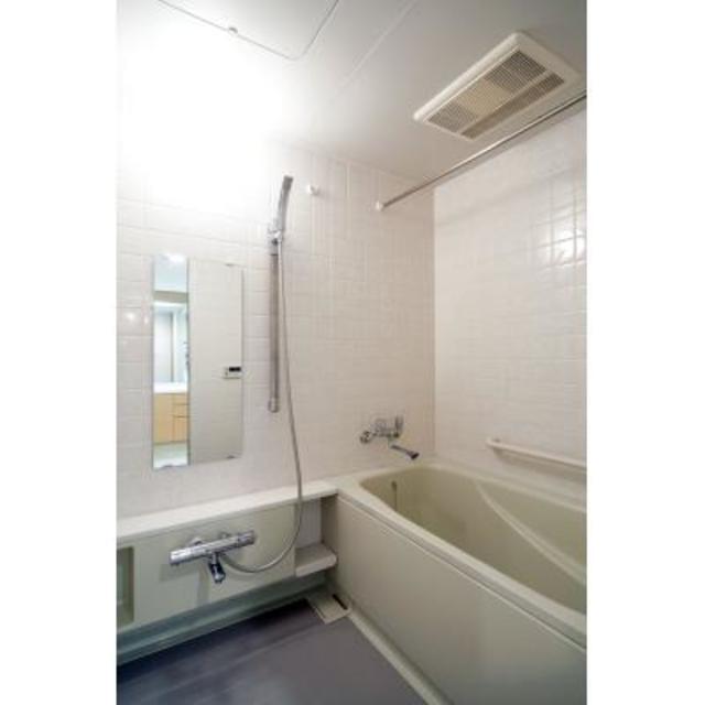 パーク・アヴェニュー神南 1407号室の風呂