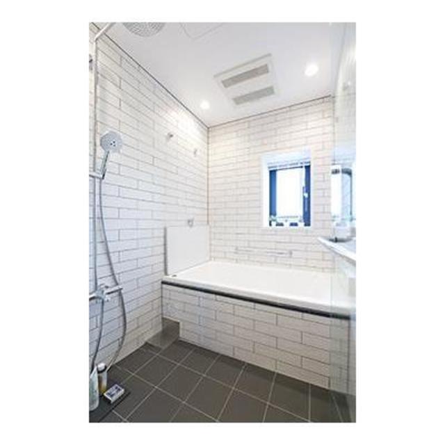 パーク・アヴェニュー神南 1601号室の風呂