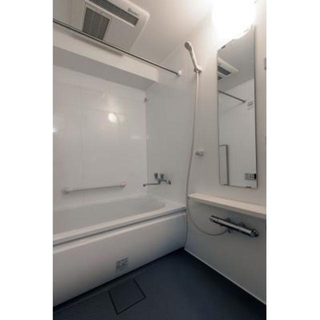 パークブルーム三葉 103号室の風呂