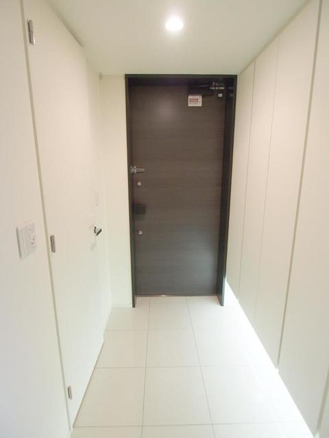 センチュリーフォレスト2号棟 304号室の玄関